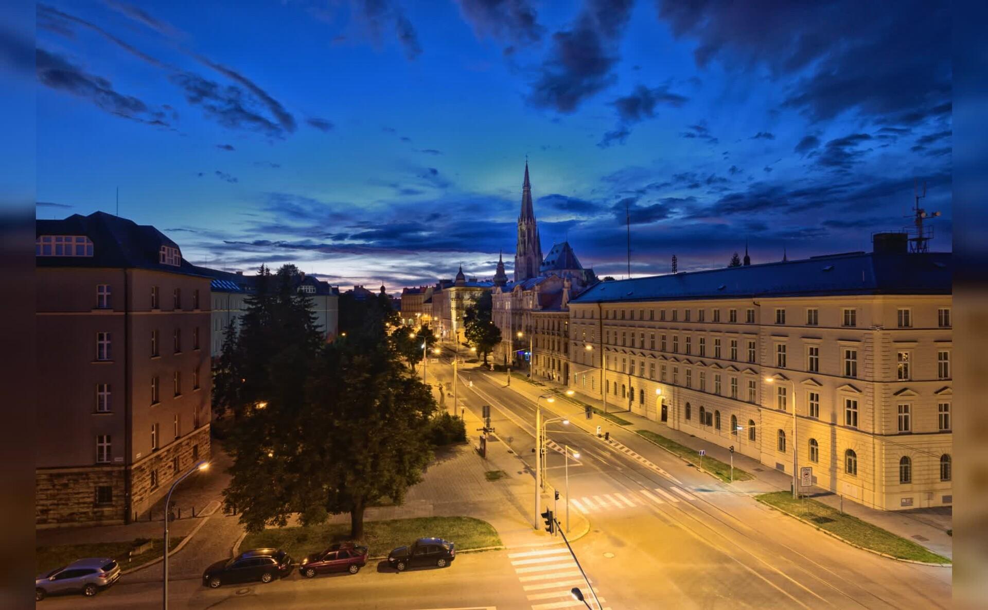 圣瓦茨拉夫主教座堂Mac动态壁纸