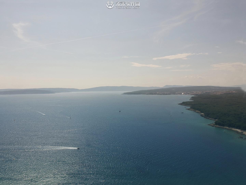 美丽海岸线景观3k动态桌面壁纸