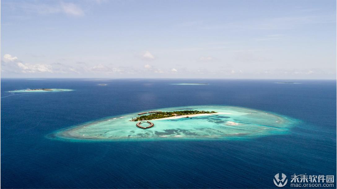 漂亮的海中蓝色岛屿动态壁纸